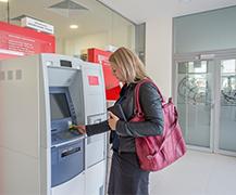 ATM retragere/depunere Lei